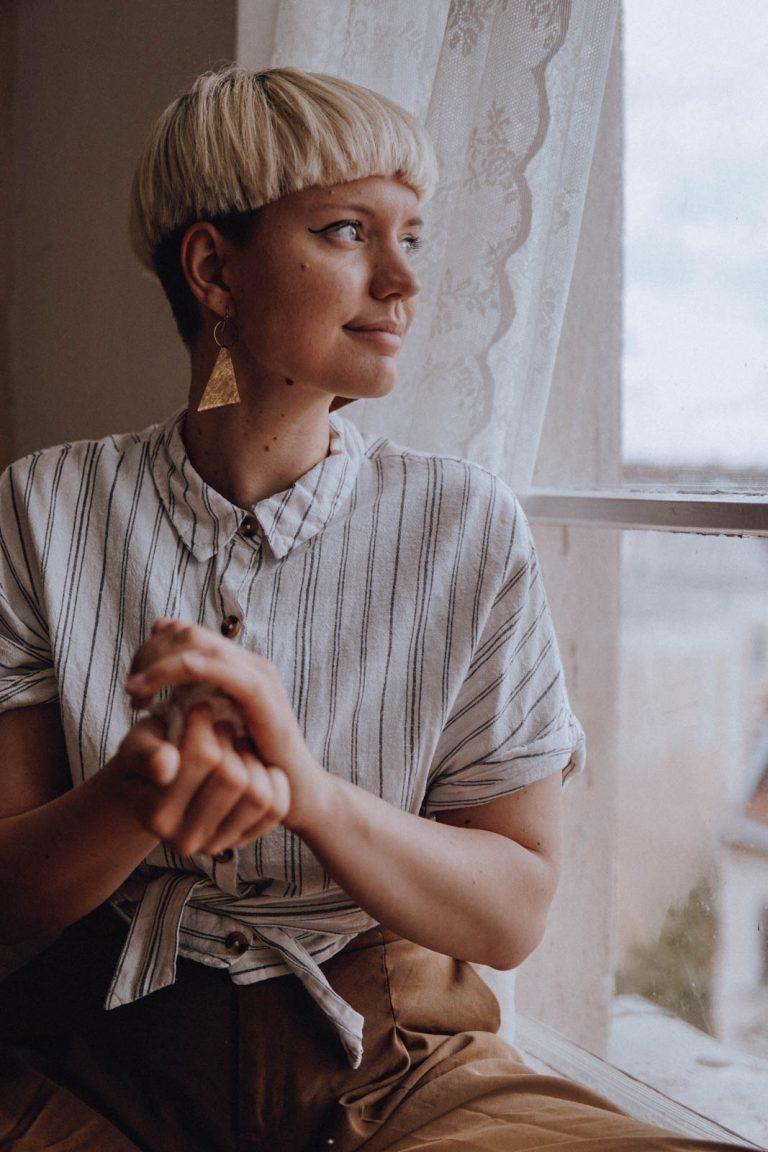 Portrait Julia Plumenbaum Kunsttherapie Kunstpädagogik